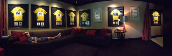 Lance Armstrong Resigns From Board of Livestrong   Biking   OutsideOnline.com